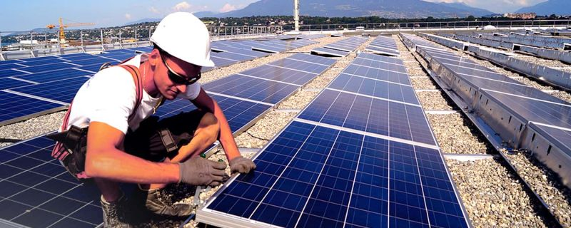 Observatoire du solaire : la situation du secteur photovoltaïque reste préoccupante en France